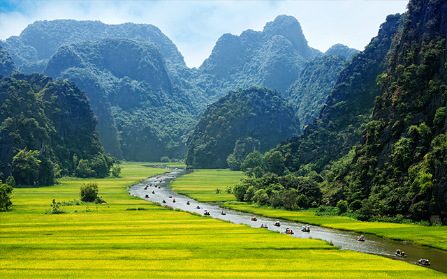 Ninh Binh Day Trip From Hanoi