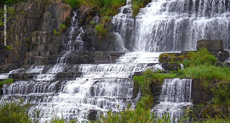 VietNam-DaLat-Da-Lat-Waterfall-&-Countryside-Tour-4