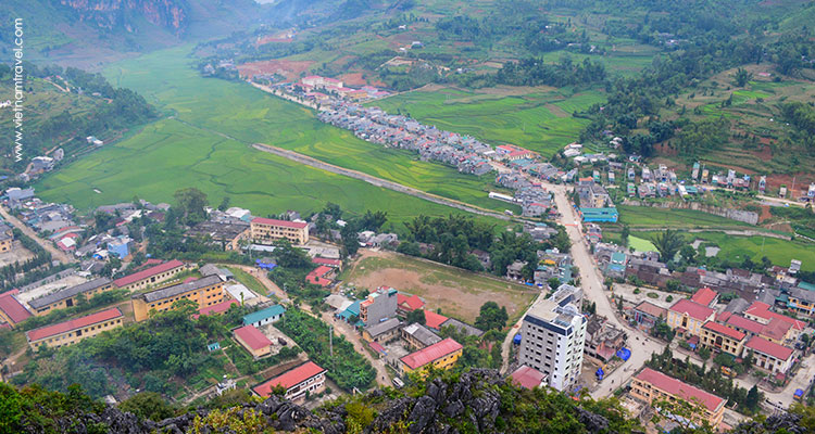 Vietnam-Hagiang-Dongvanancientcitadel-9
