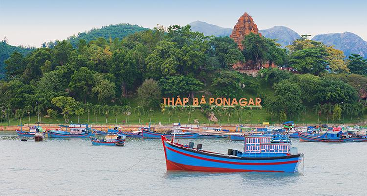 Vietnam-Vinh Hy Bay-5