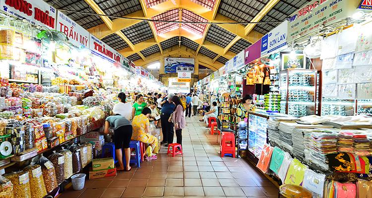 Vietnam-Saigon-Ben-Thanh-Market-4