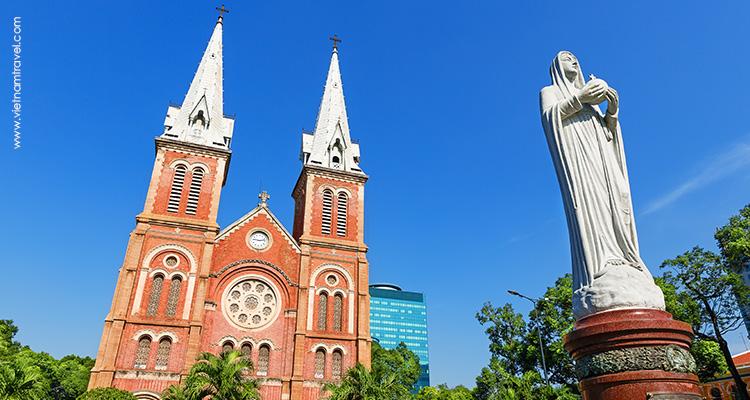 Vietnam-Saigon-Romanesque-Notre-Dame-Cathedral-2