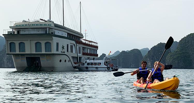 Ylang-Cruise-Halong3