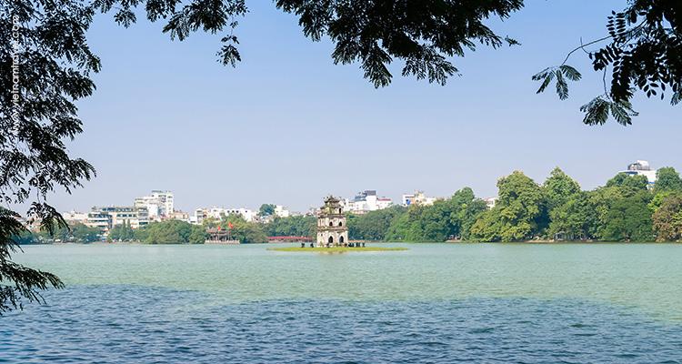 Vietnam-hanoi-Hoan-Kiem-Lake-4
