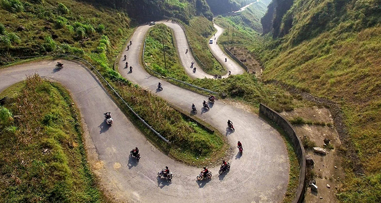 Motor-bike-in-Ha-Giang