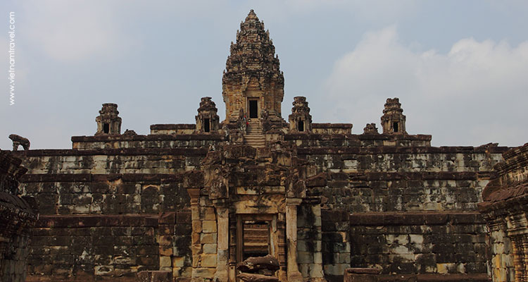 Giorno 14: Phnom Penh – Volo a Siem Reap