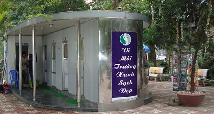 How is toilet in Vietnam?