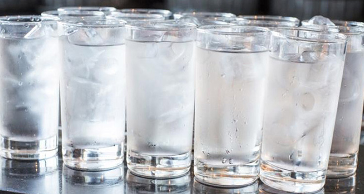 Should I use ice in restaurant?