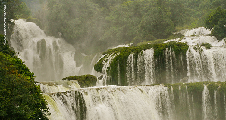 Day 12: Cao Bang – Ban Gioc Waterfall – Nguom Ngao Cave.
