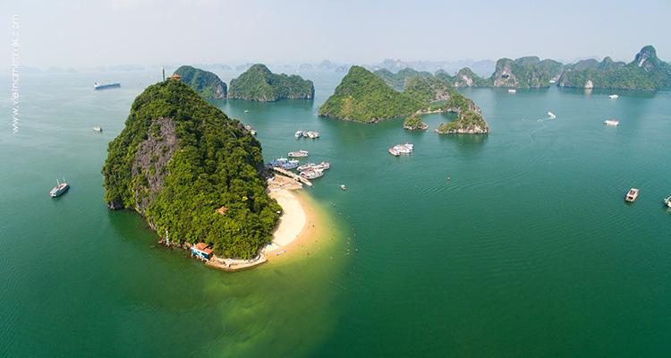 Day 4: Halong Bay – Bai Tu Long Bay – Overnight on cruise.