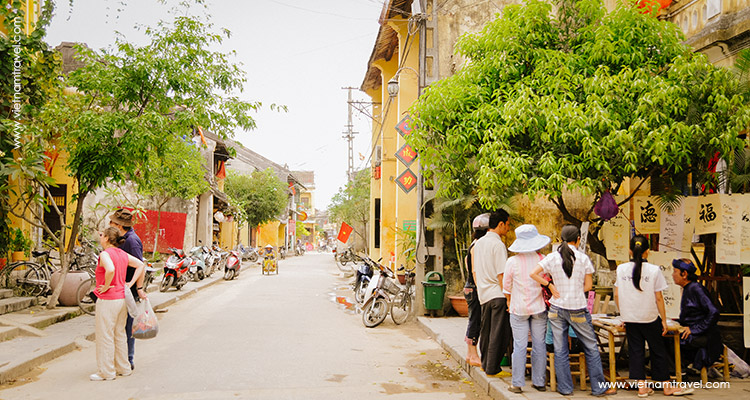 Day 6: Hoian Walking Tour – Boat Trip.