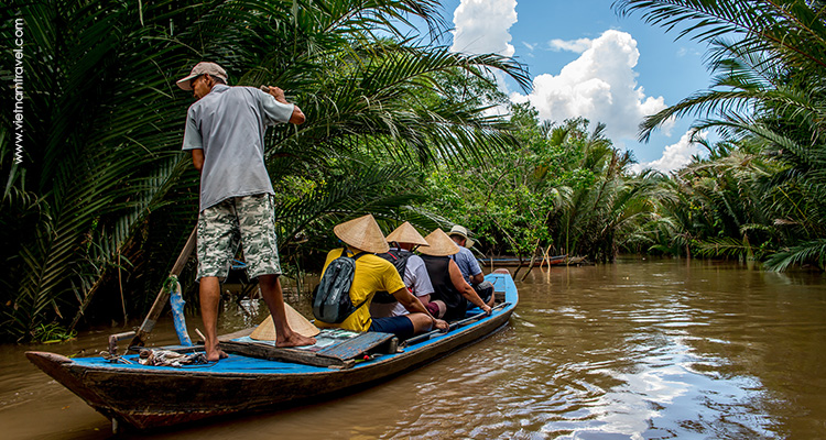 Day 3: HCMC - Mekong Delta (Song Xanh Cruise) - Can Tho.