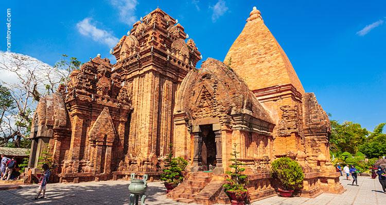 Day 4: Saigon – Fly to Nhatrang.
