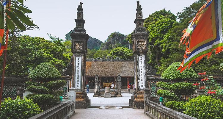 Day 9: Mai Chau – Ninh Binh.
