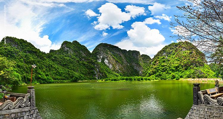 Day 2: Hanoi – Ninh Binh (Bai Dinh & Trang An).