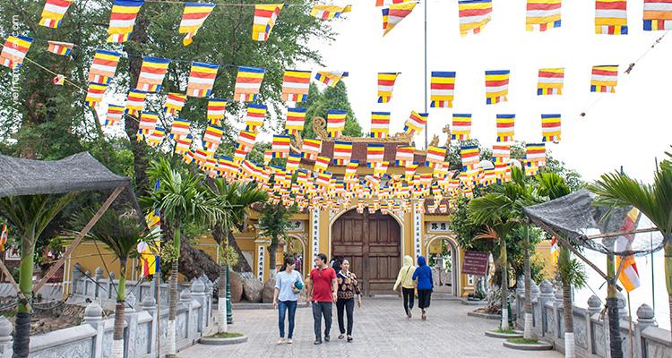 Day 2: Hanoi City Tour.