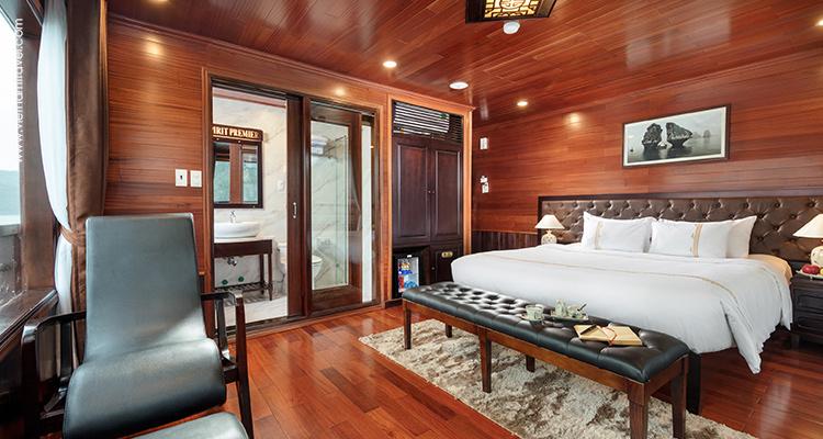vspirit-premier-cruise-Prestige-Suite-Balcony--5