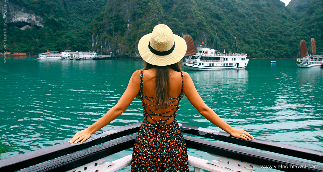 10+ photogenic spots in Halong Bay to feed your Instagram