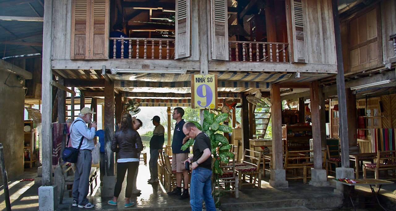 Experience a homestay in a Thai village in Mai Chau