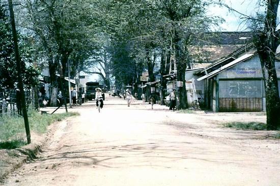 a street in Cu Chi