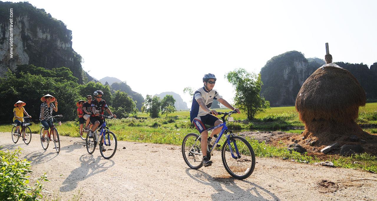 Biking in Trang An