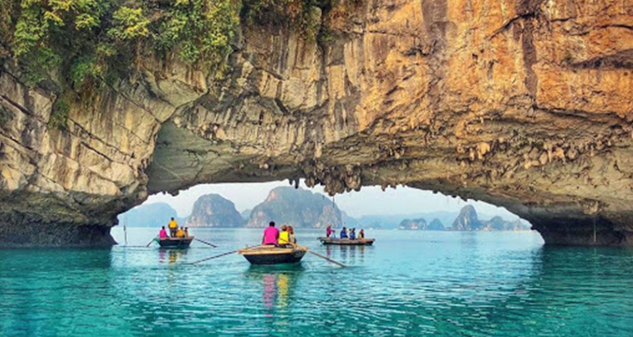 ba ham lake vietnam