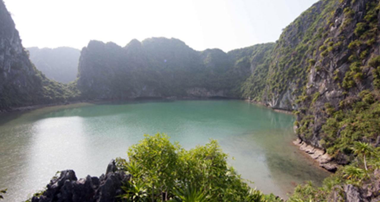 Ba Ham Lake, Lan Ha Bay
