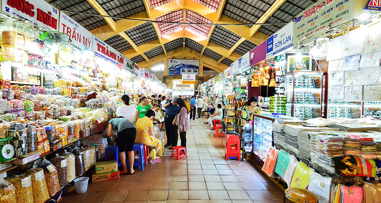 Quick Guide To Ben Thanh Market, Saigon