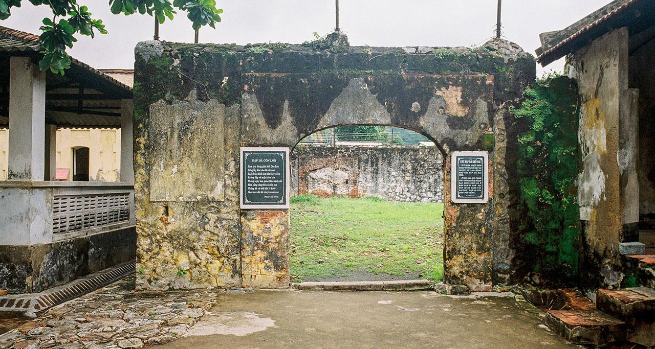 Con-Dao-Historical-Prison-Tour-15