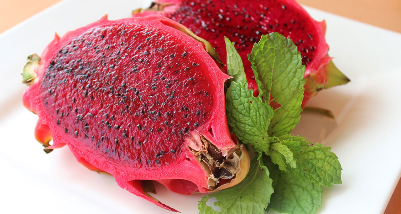 The Most Delicious Tropical Fruits of Vietnam