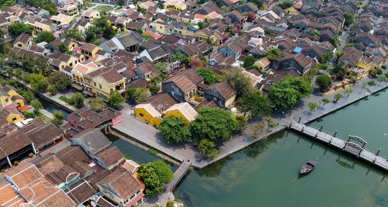 Overview of Hoi An, Vietnam