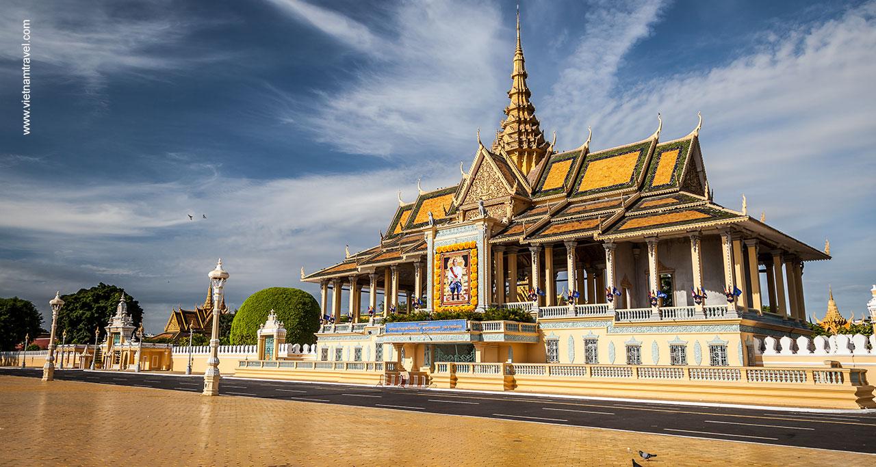royal-palcace-phnom-penh