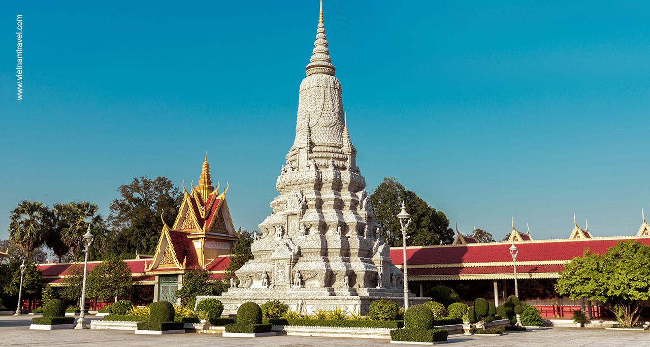 sliver-pagoda-phnom-penh