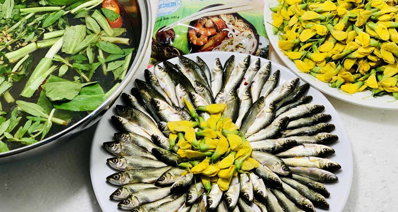Typical dishes made from sesbania sesban flowers