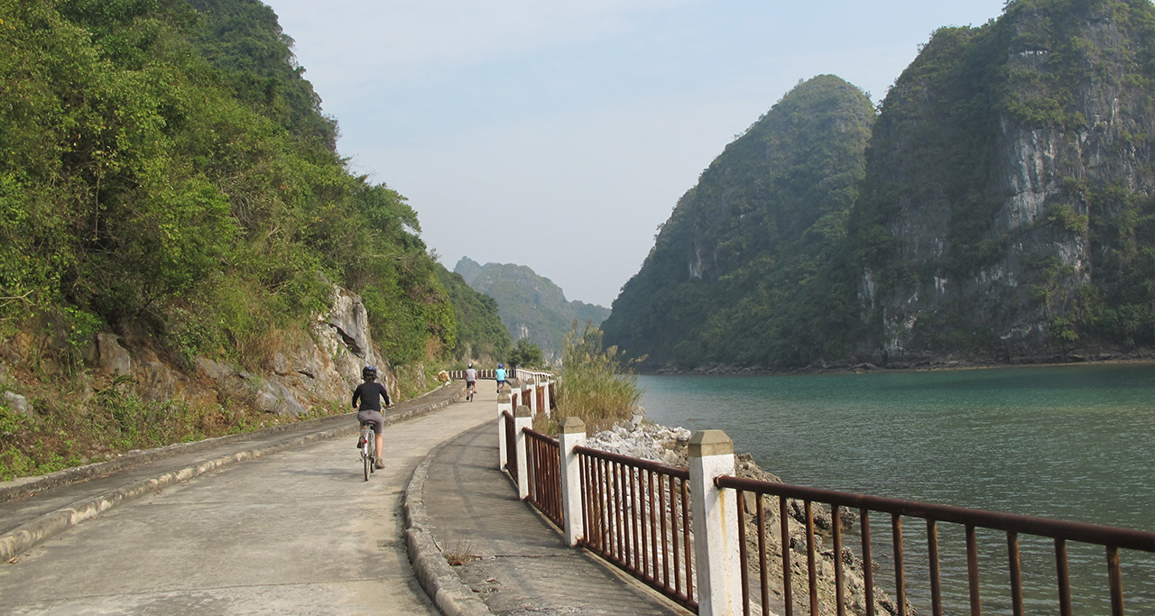 Getting around Cat Ba island