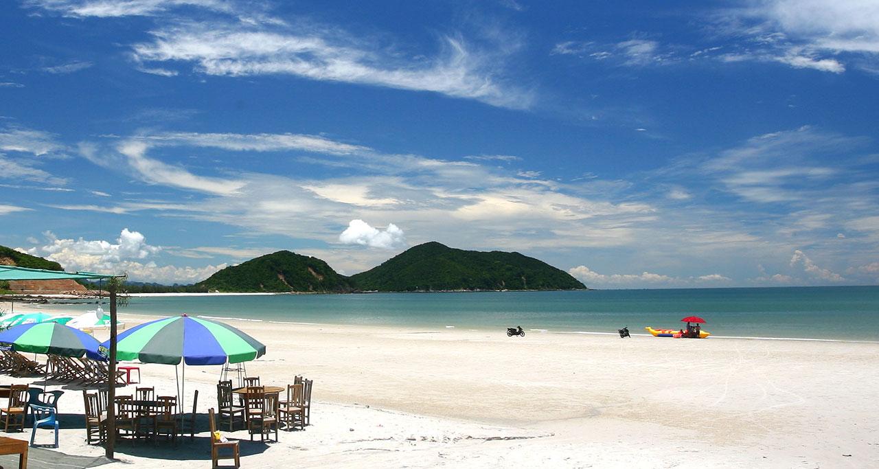 Minh Chau Beach - Most Splendid And Pristine Beaches In Halong Bay