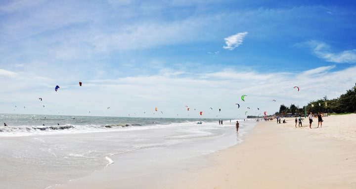 Mui Ne Beach gets its fame as the top destination for windsurfing, kitesurfing, sailing, kayaking and other water sports.