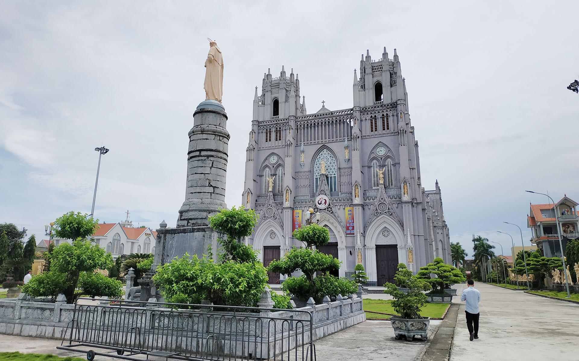 Phu Nhai Basilica