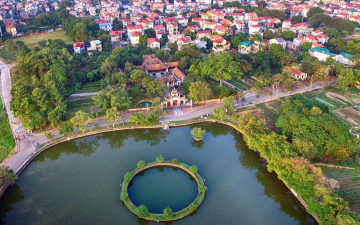 Overview of An Duong Vuong Temple & Pearl Well – the most highlights in Co Loa Citadel Complex.