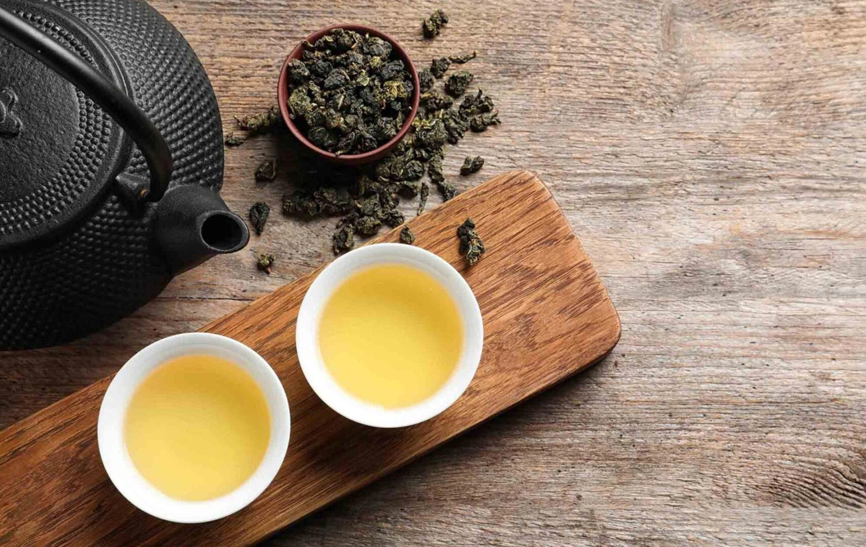 Vietnamese Oolong tea has a different taste from same kind of Chinese.