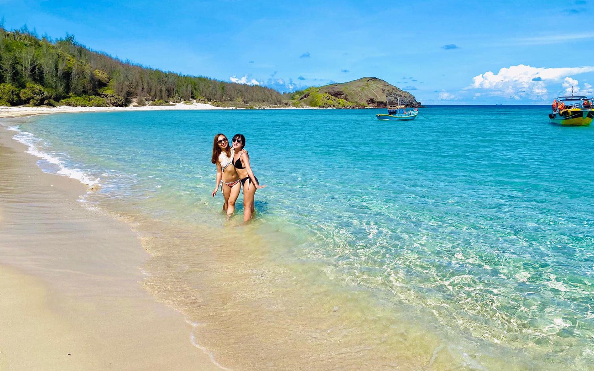 Trieu Duong Bay