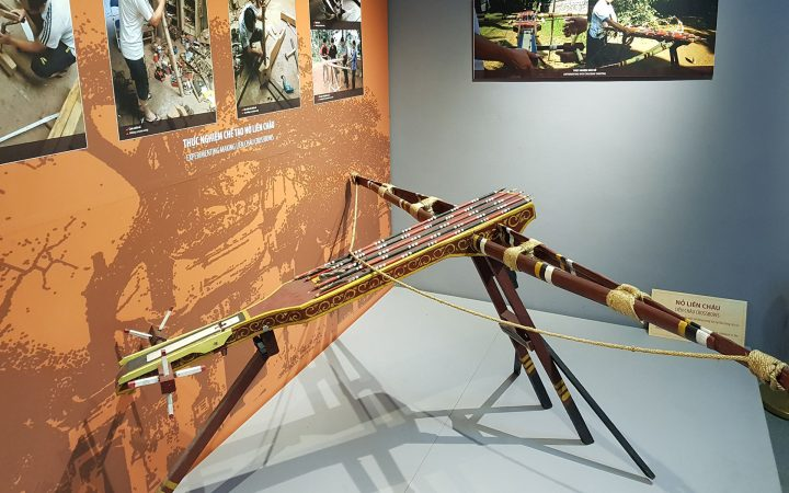 The magic crossbow gift from the golden turtle which helped King An Duong Vuong kill hundreds of invaders.