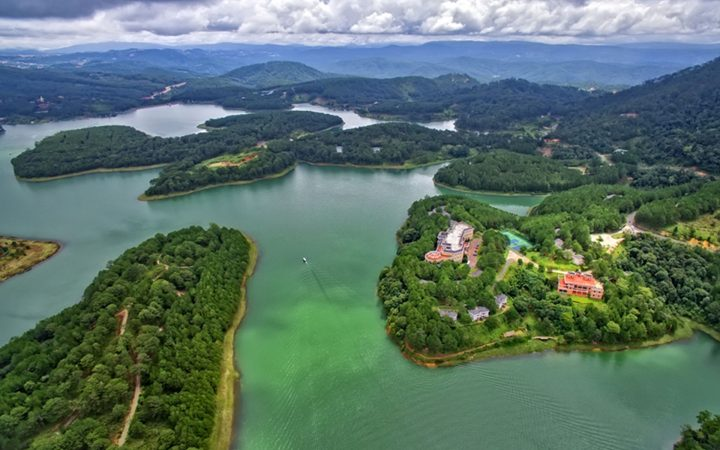 Amazing aerial view of Tuyen Lam lake - one of best places you should visit in central Vietnam