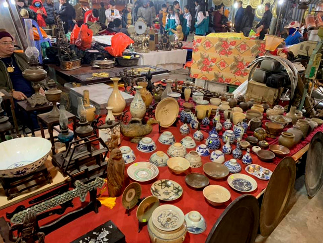 Vieng Market