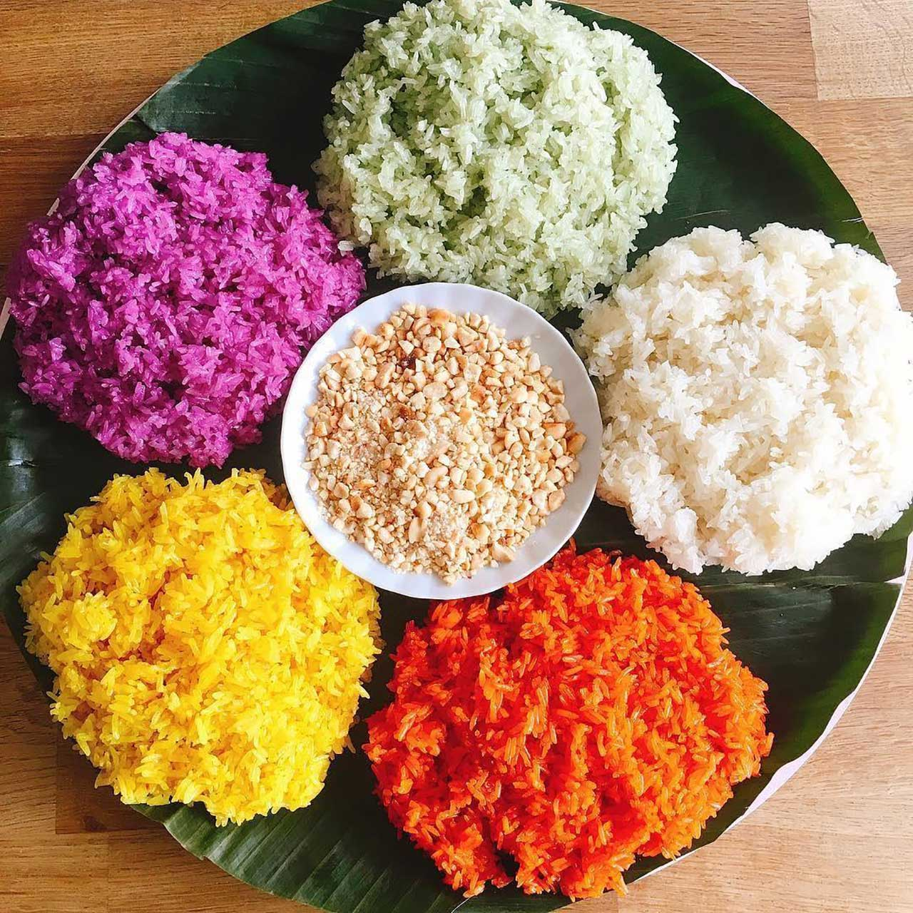 Five-colored sticky rice