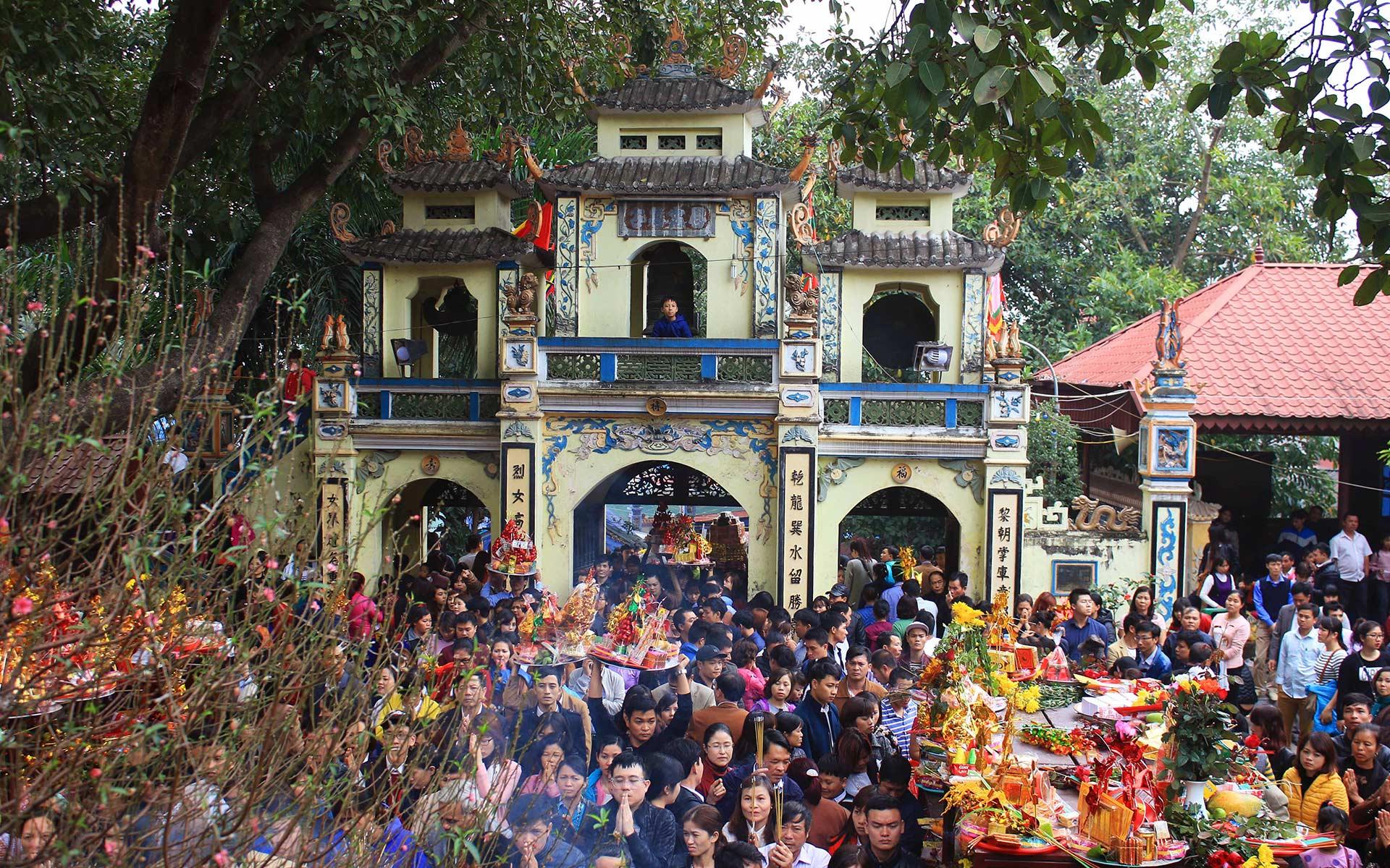 Ba Chua Kho Temple Festival (Bac Ninh)