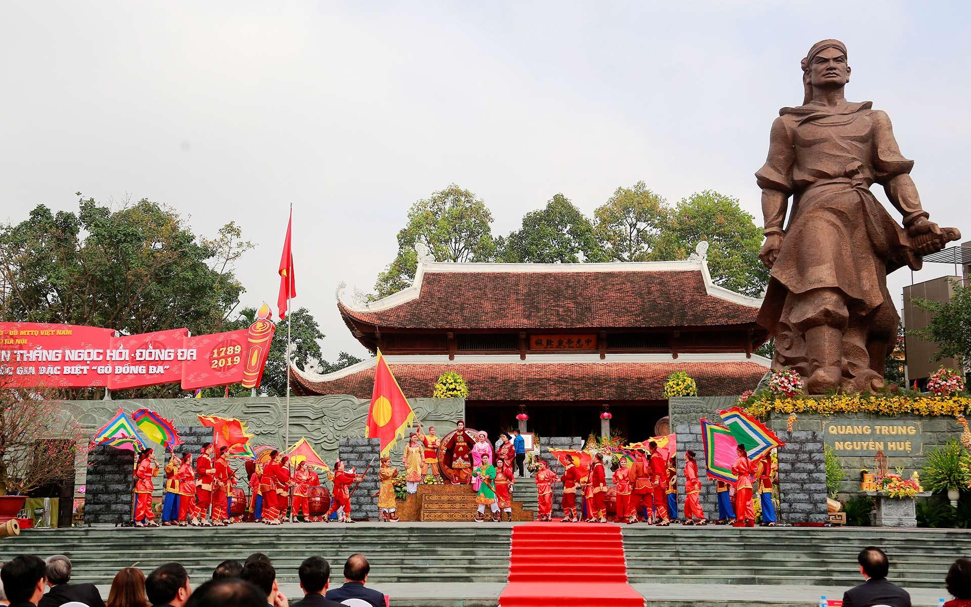 Dong Da Mound Festival