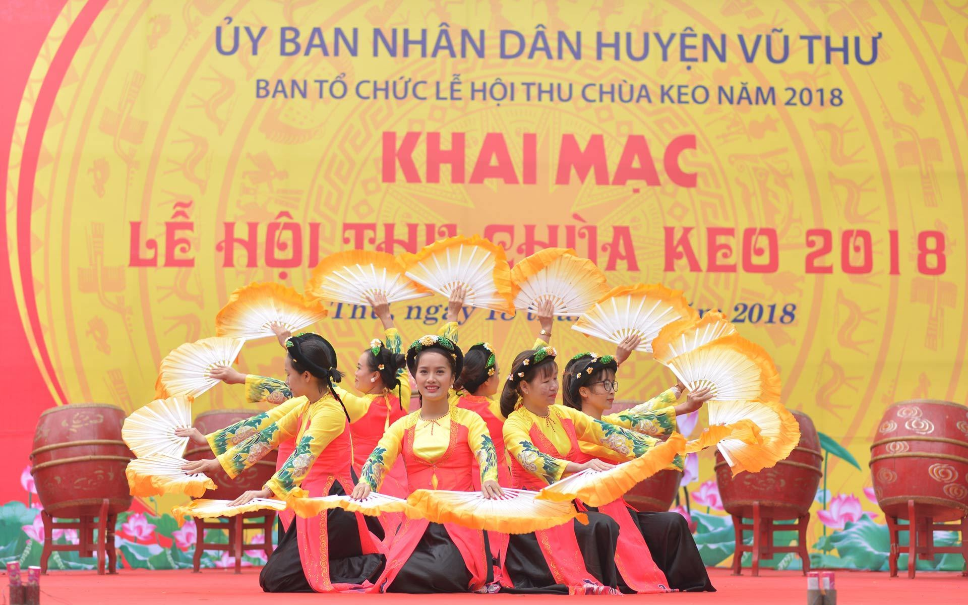 The opening of Keo Pagoda Festival in Thai Binh Province.