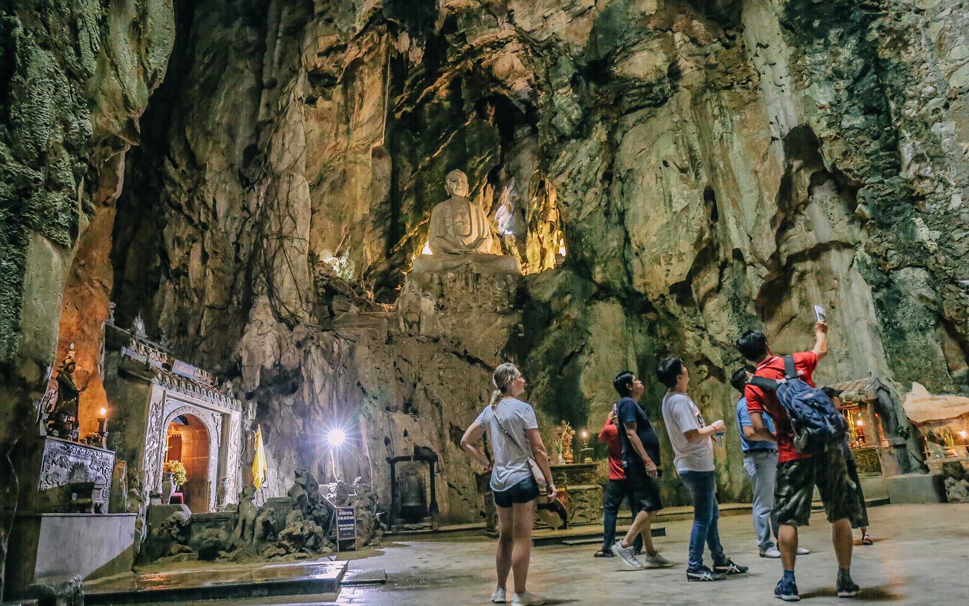 discovery cave in Marble Mountains
