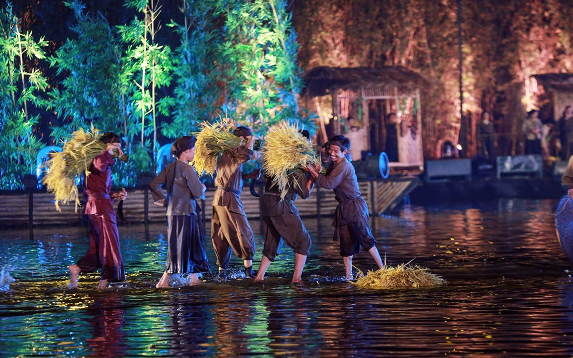 The Quintessence of Tonkin Show - A cultural experience in Hanoi